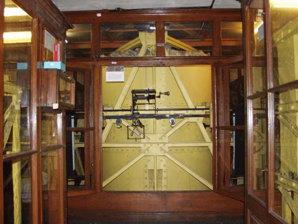 17-Tonnen-Pendel Horizontalseismograph