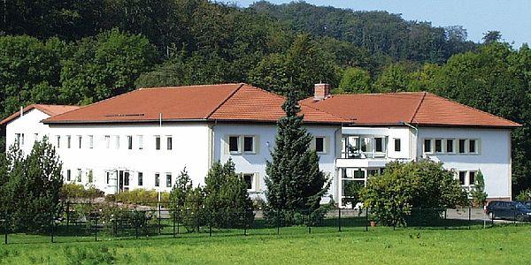 Das Institutsgebäude in Heiligenstadt